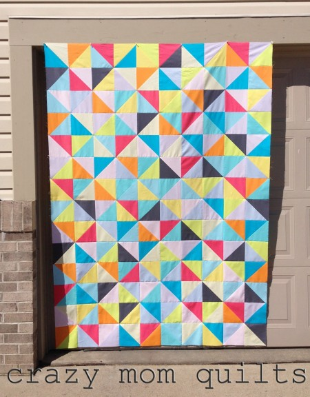solid triangles quilt top by crazy mom quilts