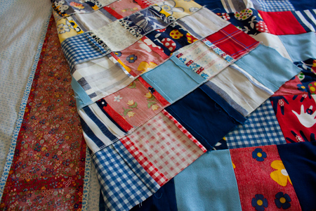 vintage red quilt - pretty raw edges