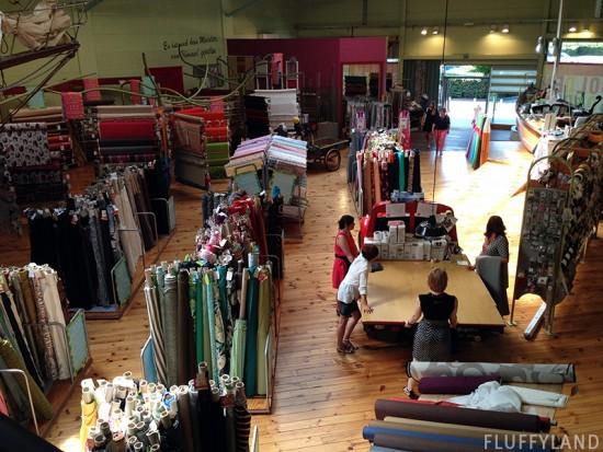 fabric shopping in liege, belgium: tissus du chien vert
