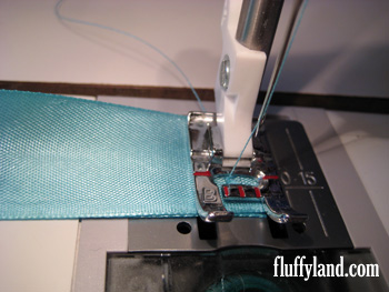 Fluffyland Ribbon Headband Tutorial step 4